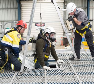 enclosed space rescue training manual